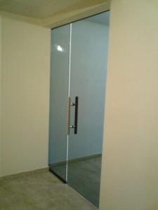 porta pivotante 02