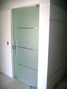 porta pivotante 05
